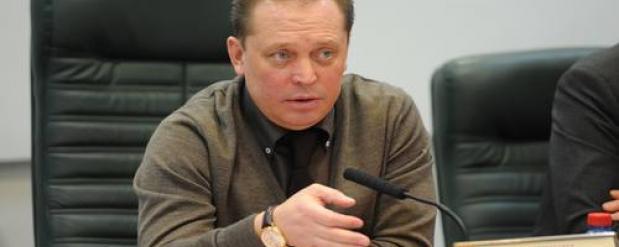 Айдар Метшин взял под особый контроль работу городского транспорта