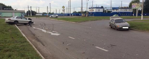Пьяный водитель в Нижнекамске столкнулся с пассажирским автобусом