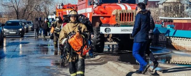Житель Нижнекамска стал виновником и жертвой пожара в автомобильном кооперативе